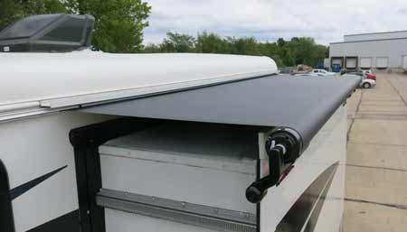Best RV Slide Toppers Buying Guide